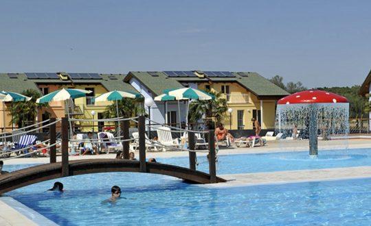 Club Village Spiaggia Romea - Adriatico.nl