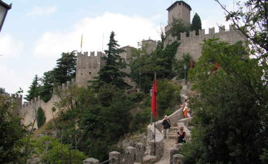 Waarom San Marino een bezoek waard is